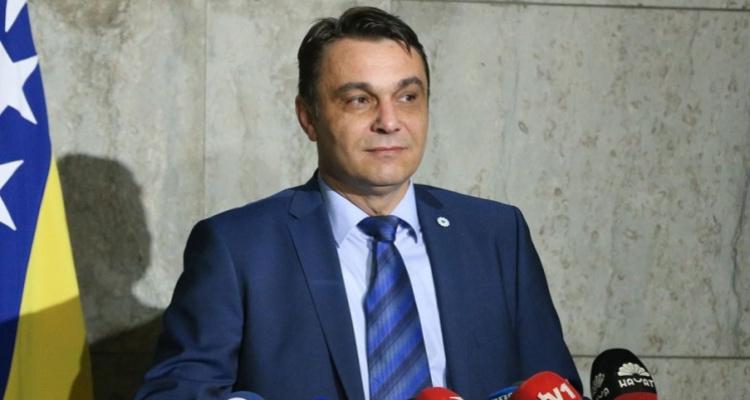 Sadik Ahmetović kandidat za predsjednika Republike Srpske? | Frontal